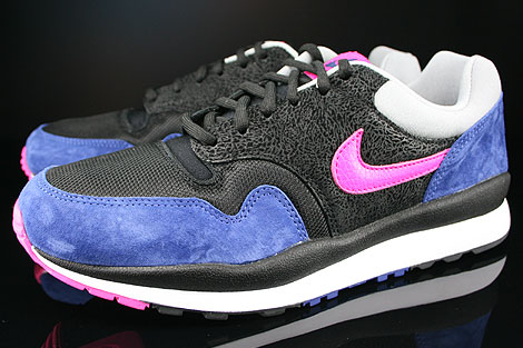 Nike Air Safari Black Pink Foil Deep Royal Blue Silver Sidedetails