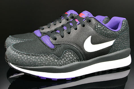 Nike Air Safari LE Anthracite White Black Purple Profile
