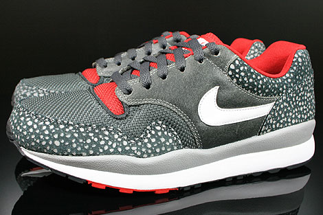 Nike Air Safari LE Metallic Silver White Anthracite Red Profile
