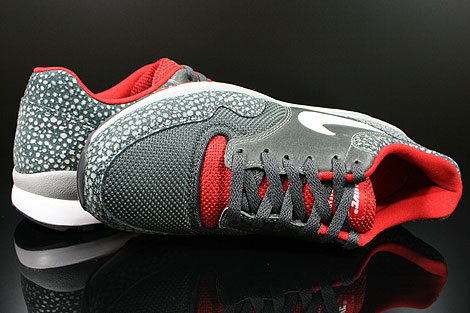 Nike Air Safari LE Metallic Silver White Anthracite Red Over view