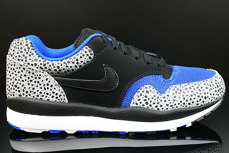 nike air safari blau