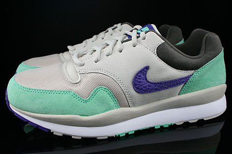 Nike Air Safari Mortar Electric Purple Green Glow Petra Brown Profile