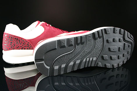Nike Air Safari Team Red Sail Black Outsole