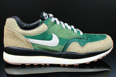 1db653d9fea3 Nike Air Safari Vintage Green Granite Bamboo Black 525245-370 - Purchaze