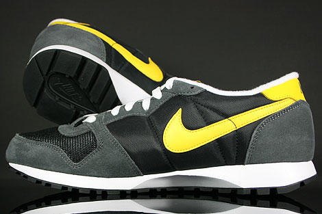 Nike Air Vengeance Black Varsity Maize Dark Grey Over view