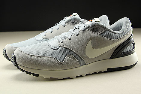 Nike Air Vibenna Wolf Grey Sail Black Profile