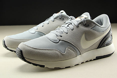 Nike Air Vibenna Wolf Grey Sail Black Sidedetails