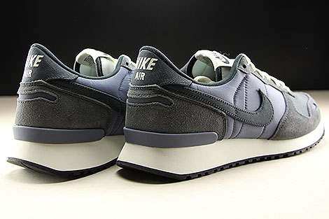 Nike Air Vortex Light Carbon Anthracite Sail Back view
