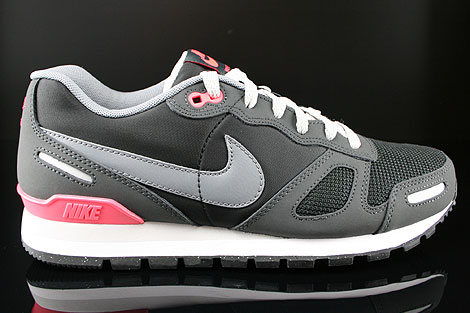 Nike Air Waffle Trainer Black Cool Grey Anthracite Reflective Silver ... 08fbdbb49