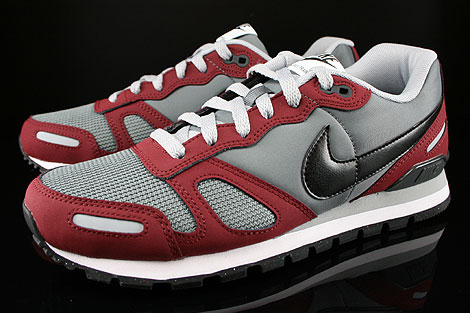 Nike Air Waffle Trainer Dark Grey Wolf Grey Team Red White Sidedetails