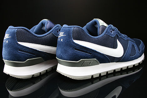 Nike Air Waffle Trainer Midnight Navy White Base Grey Back view