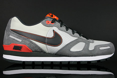 Nike Air Waffle Trainer Grau Anthrazit Orange Rot