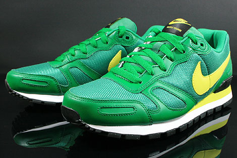 Nike Air Waffle Trainer Pine Green Yellow White Black Sidedetails