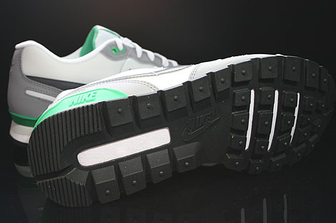 Nike Air Waffle Trainer Pure Platinum Dark Grey White Green Outsole