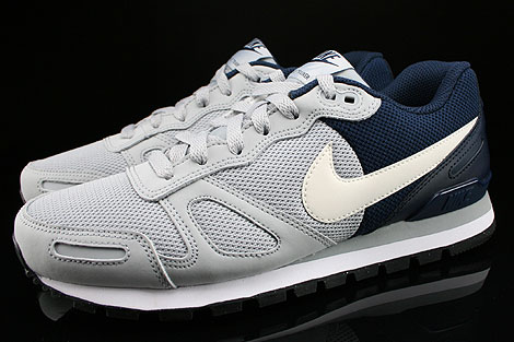 Nike Air Waffle Trainer Wolf Grey White Black Obsidian Profile