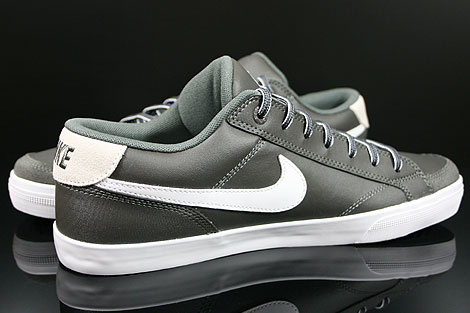 Nike Capri 2 Midnight Fog White Inside