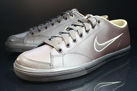 Nike Capri Black Tea White Khaki Sidedetails