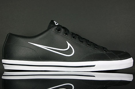 Nike Capri Black White Black