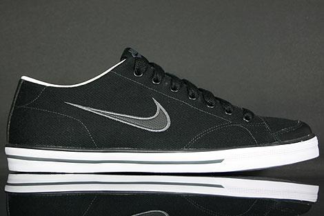 Nike Capri CNVS Schwarz Weiss Dunkelgrau