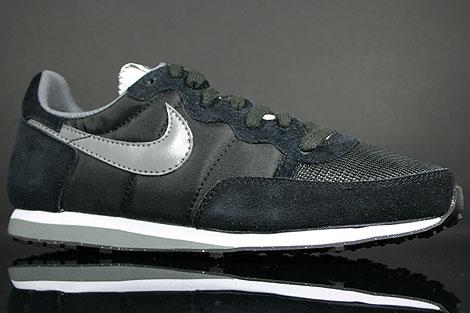 Nike Challenger Black Nano Grey White Sidedetails