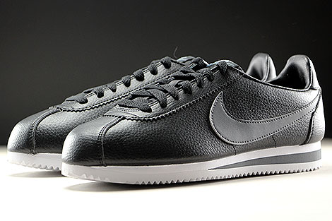 Nike Classic Cortez Leather Black Dark Grey White Sidedetails