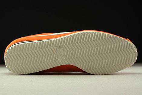 Nike Classic Cortez Nylon AW Orange Creme Schwarz Laufsohle