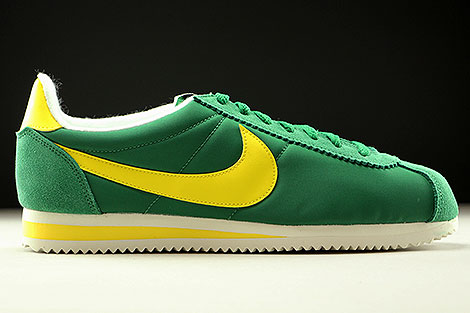 Nike Classic Cortez Nylon AW Pine Green Opti Yellow Sail Right