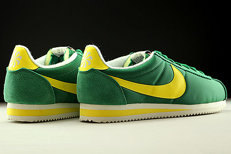 Nike Classic Cortez Nylon AW Pine Green Opti Yellow Sail Back view