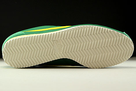 Nike Classic Cortez Nylon AW Gruen Gelb Creme Laufsohle
