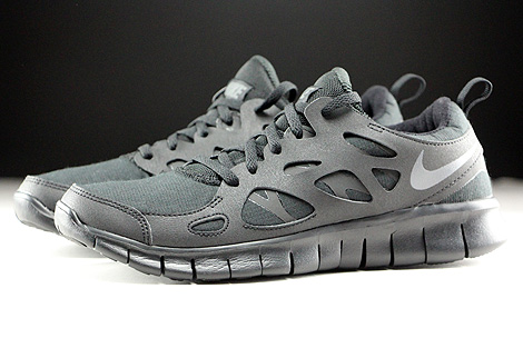 Nike Free Run 2 GS Black Dark Grey Profile