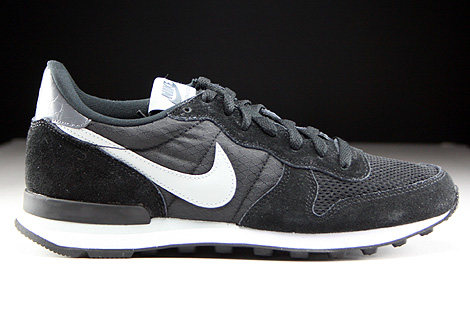 Nike Internationalist Black Grey Mist Dark Grey White Right
