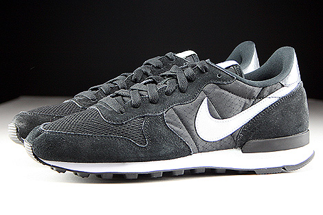 Nike Internationalist Black Grey Mist Dark Grey White Profile