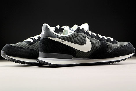 Nike Internationalist Deep Pewter Sail Black Inside