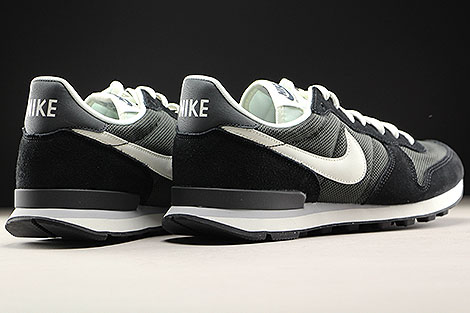 Nike Internationalist Deep Pewter Sail Black Back view