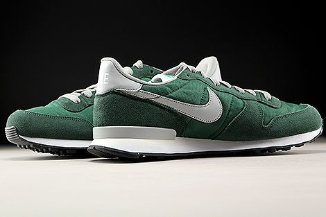 Nike Internationalist Gorge Green Matte Silver Inside