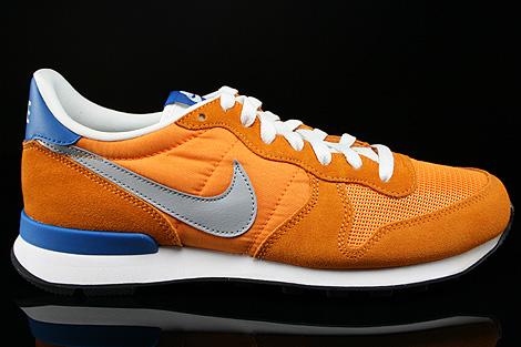 buy popular 77976 d610d Nike Internationalist Kumquat Silver Military Blue Summit White