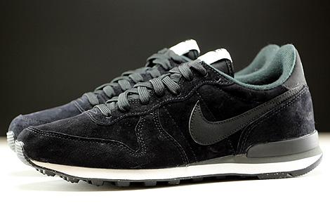 Nike Internationalist Leather Black Dark Grey White Profile