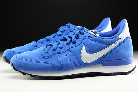 Nike Internationalist Leather Game Royal Pure Platinum Black White Profile