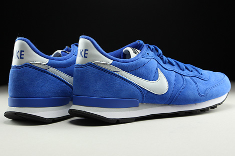 Nike Internationalist Leather Game Royal Pure Platinum Black White Back view