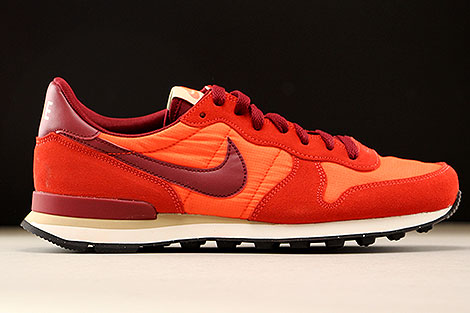 Nike Internationalist Orange Dunkelrot Weiss Rechts