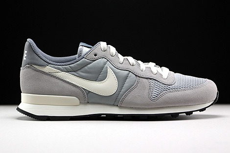 Nike Internationalist Hellgrau Grau Creme