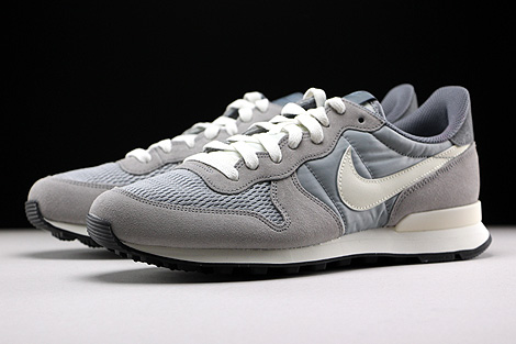 Nike Internationalist Hellgrau Grau Creme Seitendetail