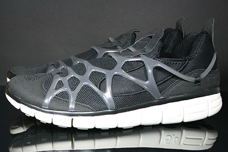 Nike Kukini Free Black Anthracite Sail Profile