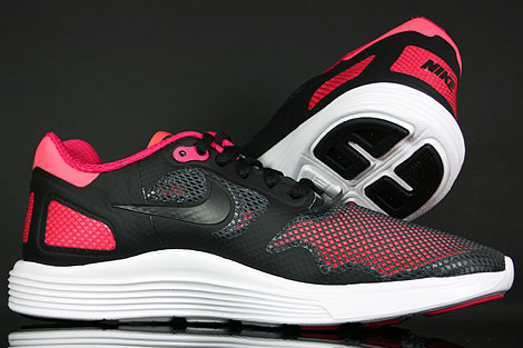 Nike Lunar Flow Black Voltage Cherry Over view