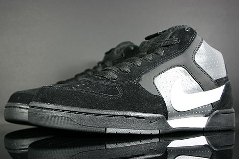 Nike Renzo Mid Black White Dark Grey Sidedetails