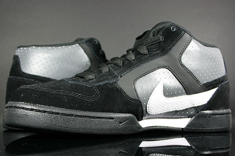 Nike Renzo Mid Black White Dark Grey Back view