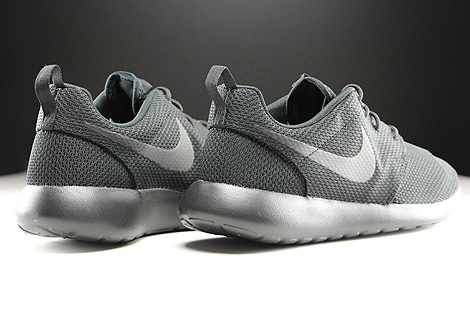 Nike Roshe One Schwarz Rueckansicht