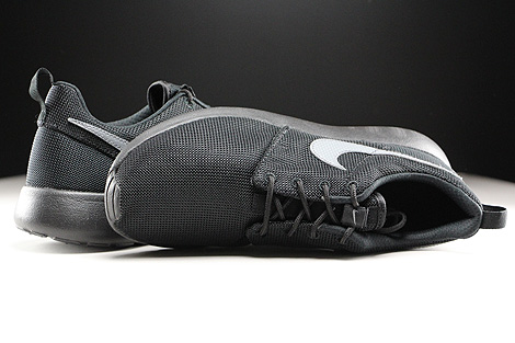 Nike Roshe One GS Black Cool Grey Over view