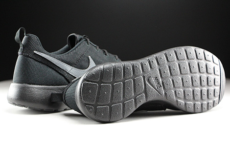 Nike Roshe One GS Black Cool Grey Outsole