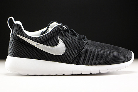 Nike Roshe One GS Black Metallic Silver White Right